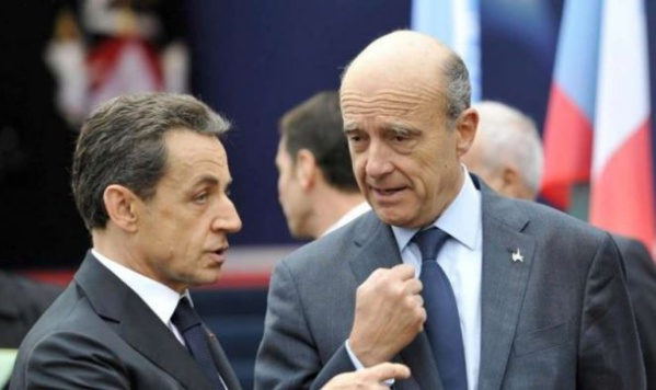 Sarkozy toujours derrière Juppé, selon un sondage Odoxa-Dentsu