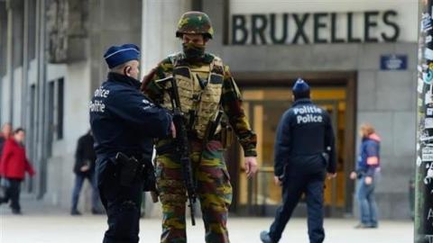 Deux policiers belges agressés, la piste terroriste évoquée