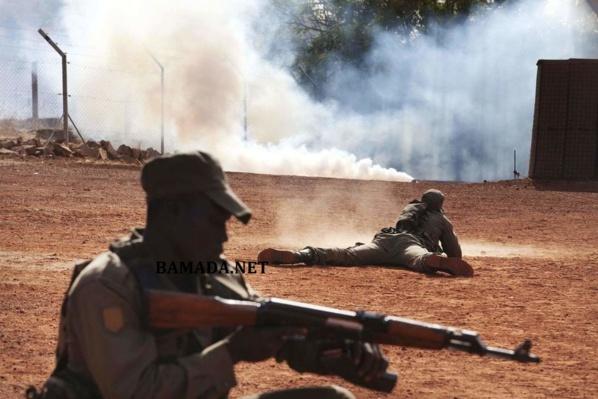 Une explosion tue un dirigeant touareg au Mali