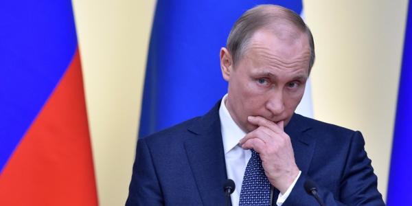 La visite de Poutine à Paris prévue le 19 octobre reportée
