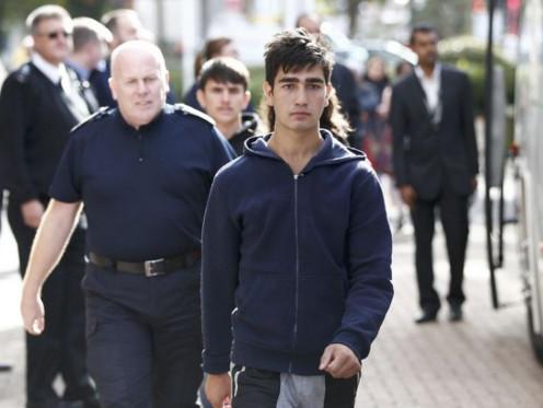 """Quatorze mineurs de la """"jungle"""" arrivent au Royaume-Uni"""