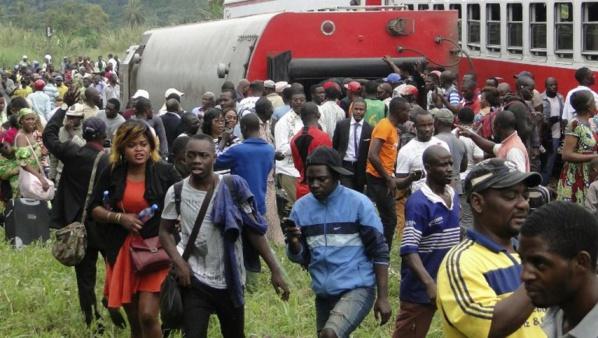 Les Camerounais entre deuil et colère après le déraillement
