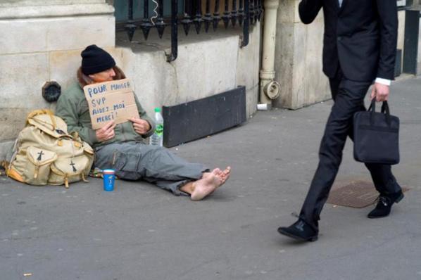 FRANCE : Déjà 323 personnes décédées dans la rue depuis le début de l'année