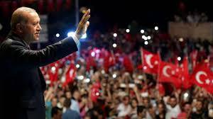 Le Président Erdogan face à ses militants