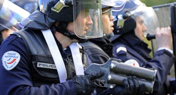 FRANCE : Un texte sur la légitime défense des policiers bientôt présenté