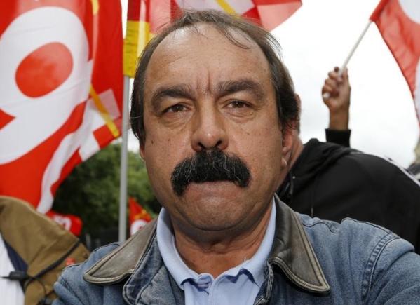 "Martinez fustige le quinquennat ""catastrophique"" de Hollande"