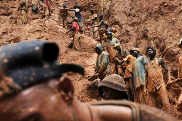 Eboulement dans une mine de l'est de la RDC : au moins 20 morts