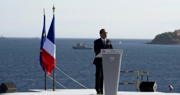 La France dispose d'un budget de Défense suffisant, selon Hollande