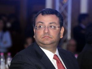 Inde: le groupe Tata poursuit en justice son ex-président