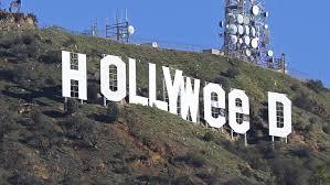 """Le signe """"HOLLYWOOD"""" détourné pour fêter la légalisation du cannabis"""