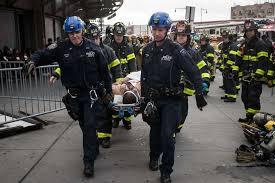 Le train de banlieue de New York allait trop vite, selon les enquêteurs