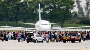Fusillade dans un aéroport de Floride: au moins 5 morts et 8 blessés, le tireur neutralisé