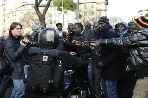 SANS PAPIERS, ASSASSINATS, NON ASSISTANCE - La diaspora sénégalaise face à ses difficultés
