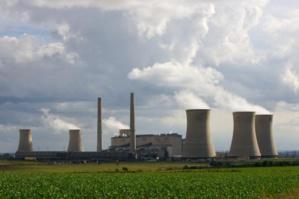 Afrique du Sud: la compagnie nationale d'électricité coupe le courant dans cinq municipalités