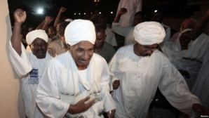 Soudan : L'ancien premier ministre Sadek al-Mahdi de retour d'exil