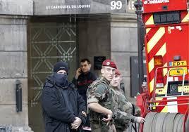 L'assaillant du Carrousel du Louvre reste muet