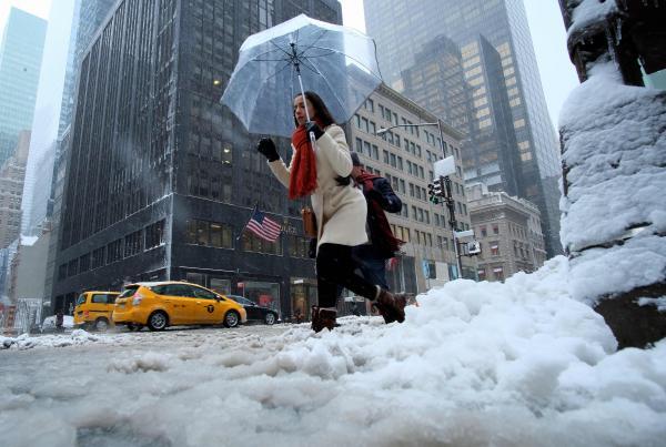 USA: tempête de neige sur le nord-est, 3.000 vols annulés