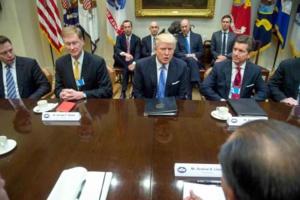 """Pour Trump, le développement des colonies israéliennes pas """"bon pour la paix"""" (interview)"""