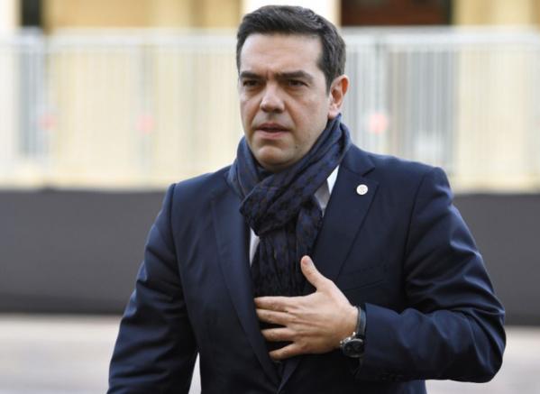 """Crise grecque: Tsipras appelle le FMI et Schaüble à cesser de """"jouer avec le feu"""""""