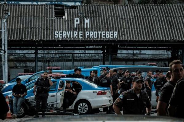 Brésil: la grève des familles de policiers se poursuit dans le Sud-est