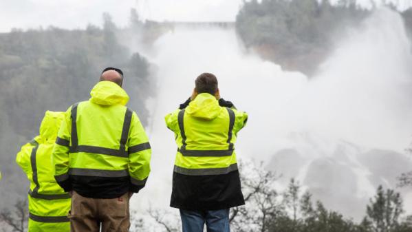 Ordre d'évacuation immédiat en aval d'un barrage californien