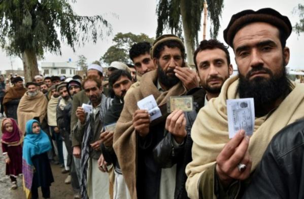 """Expulsions """"forcées"""" d'Afghans: HRW dénonce le Pakistan et l'ONU"""