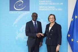 Faux médicaments : le Burkina Faso signe la convention Médicrime