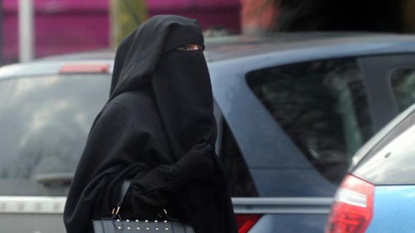 La Bavière va interdire le port de la burqa dans des lieux publics