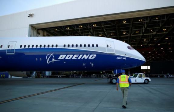 Boeing vise 1.500 départs volontaires