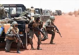 Mali: au moins 10 morts dans une attaque contre l'armée