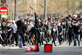 Chinois tué à Paris: 6.000 manifestants et quelques heurts (police)