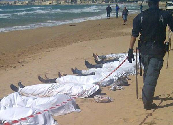 Migrants: le nombre de morts dépasse le millier en Méditerranée centrale