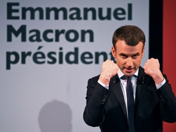 """Emmanuel Macron, 8e Président de la 5e République Française. """"Une nouvelle page s'ouvre."""""""