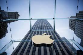 Apple vaut désormais plus de 800 milliards de dollars en Bourse