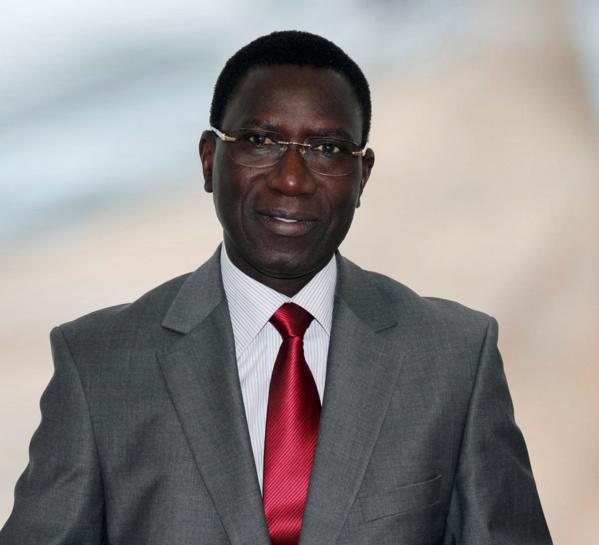 Remise d'une ambulance médicalisée à Ngaye Meckhe : Le Maire Magatte WADE magnifie le geste de la fondation Hôpital Assistance Internationale