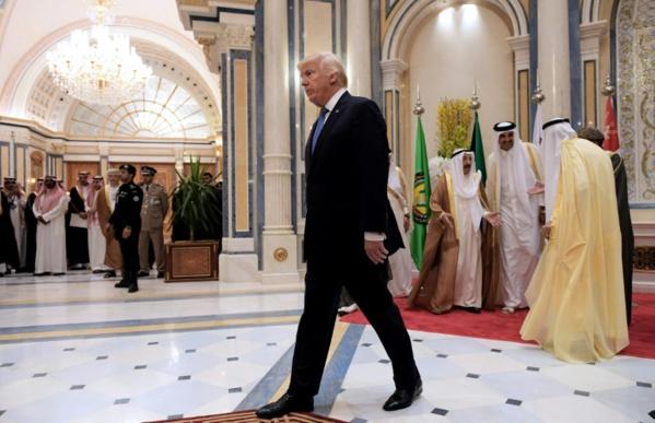 Trump appelle les dirigeants musulmans à lutter contre l'extrémisme
