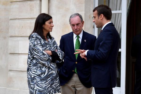 Anne Hidalgo (maire de Paris), Michael Bloomberg (maire de New York) et Emmanuel Macron