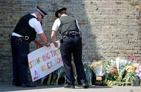 Terrorisme anti-musulman: attaqué dans sa diversité, Finsbury Park répond par l'unité
