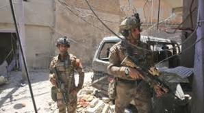 Dans le vieux Mossoul repris à l'EI, apocalypse et parfum de mort