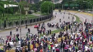 Venezuela: nouveaux affrontements entre manifestants et policiers