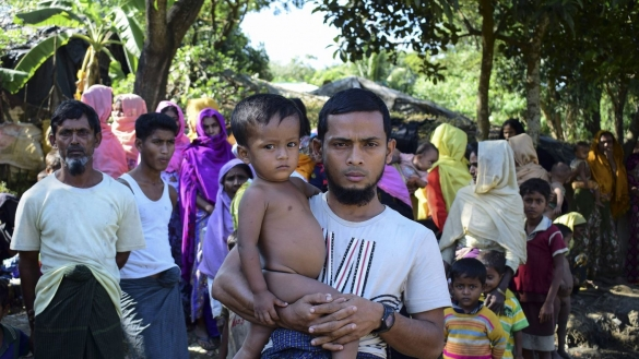 Des survivants rohingyas racontent un massacre en Birmanie