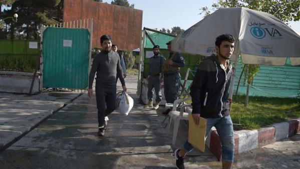 Arrivée à Kaboul de huit réfugiés afghans expulsés d'Allemagne