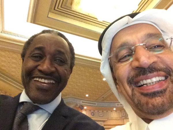 Adama Gaye avec le ministre saoudien du Pétrole