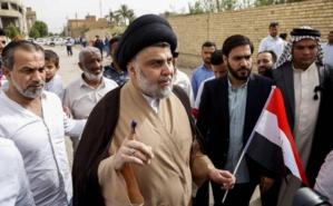 Irak: En tête, le populiste Moqtada Sadr tend la main pour une coalition