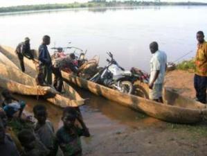 Sur le fleuve Congo dans la province du Mai-Ndombe