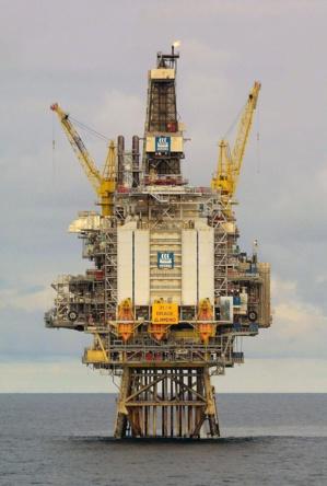 Le pétrole résiste et finit en hausse à New York