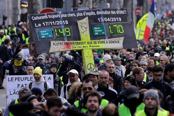 Un 22e samedi en jaune avant les annonces de Macron