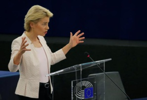 Commission européenne : Von der Leyen passe tout juste l'obstacle du Parlement