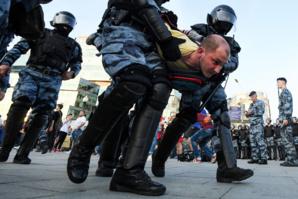Un dimanche aux urnes pour les Russes après une vague de répression