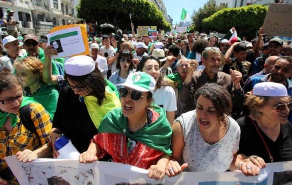 Le général Gaïd Salah tente de tenir tête aux manifestants algériens